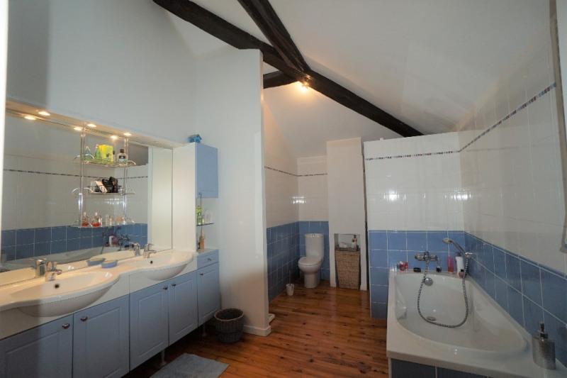 Sale house / villa Eyzin pinet 470000€ - Picture 13