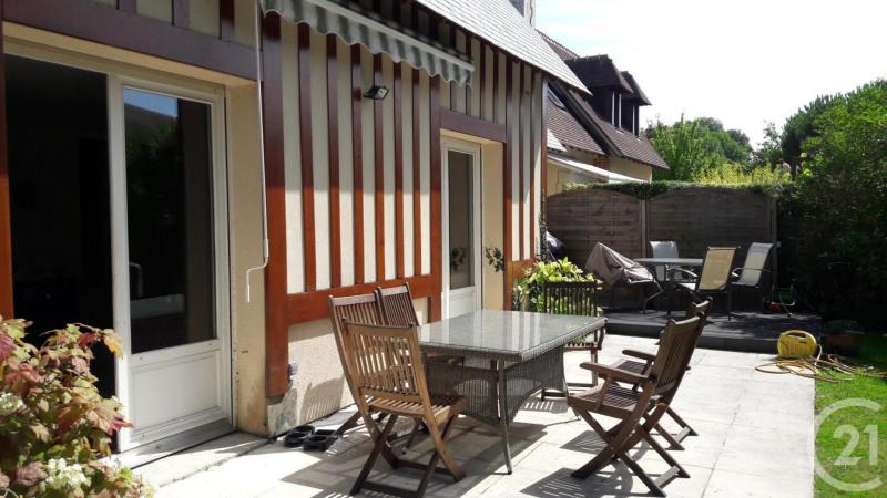 Deluxe sale house / villa Deauville 560000€ - Picture 1