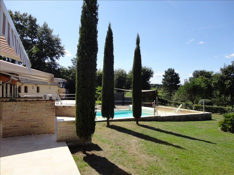 Deluxe sale house / villa Vichy 832 000€ - Picture 1