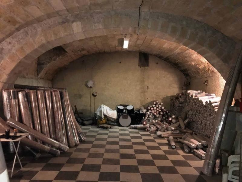 Commercial lease transfer empty room/storage Bordeaux 150000€ - Picture 2