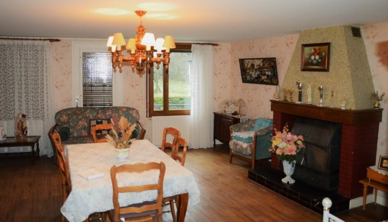 Sale house / villa Chalus 97200€ - Picture 8