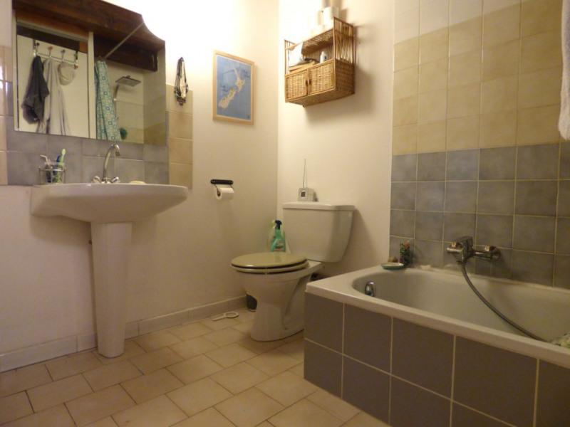 Rental apartment Les milles 850€ CC - Picture 6