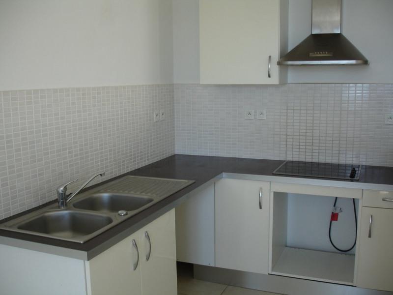 Location appartement Ste clotilde 790€ CC - Photo 4