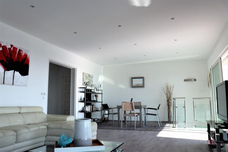Vacation rental house / villa Cavalaire sur mer 4800€ - Picture 7