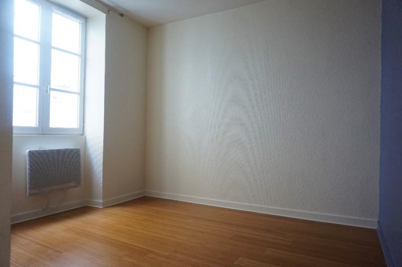 Sale apartment Laval 110000€ - Picture 5