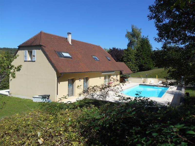 Sale house / villa Lons-le-saunier 440000€ - Picture 2