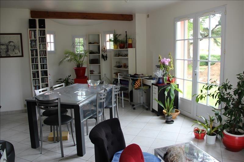 Sale house / villa Frossay 210000€ - Picture 2