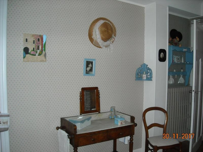 Rental apartment Vichy 660€ CC - Picture 2