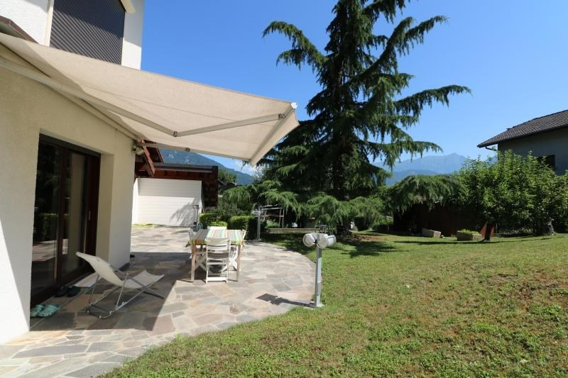 Vente maison / villa Vougy 520 000€ - Photo 2
