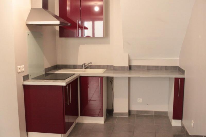 Vendita appartamento Lambesc 140000€ - Fotografia 1