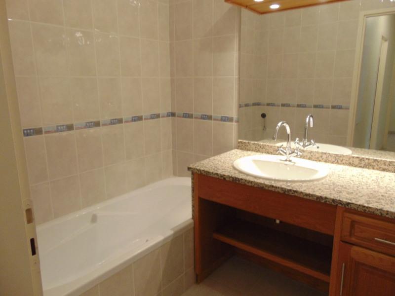 Sale apartment Gelos 190000€ - Picture 3