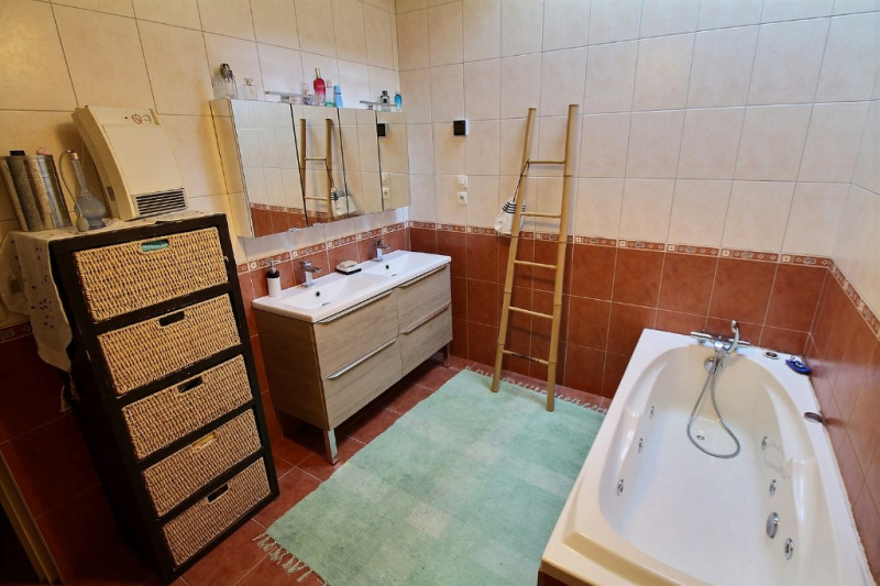 Sale house / villa Aramits 263000€ - Picture 4