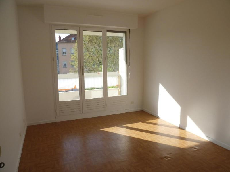 Sale apartment Cusset 99 000€ - Picture 2