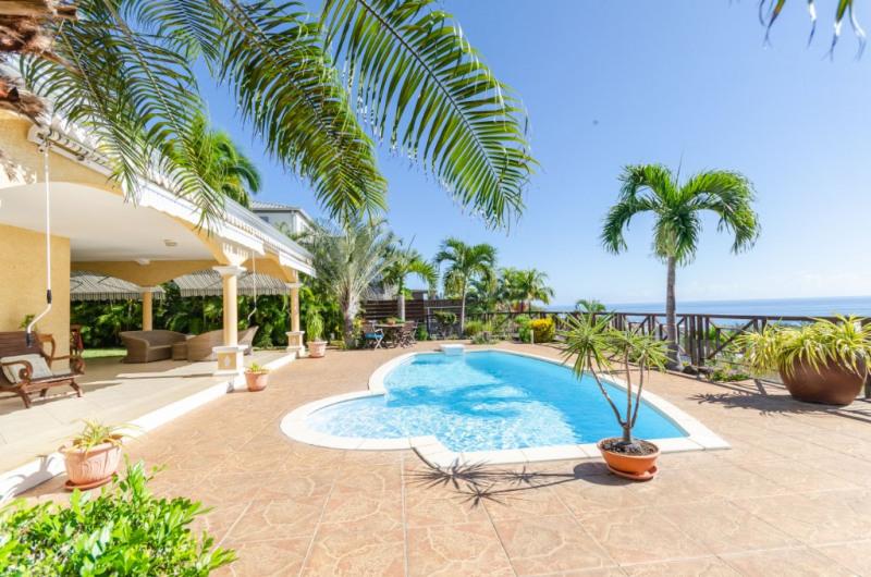 Deluxe sale house / villa Saint gilles les bains 850000€ - Picture 3