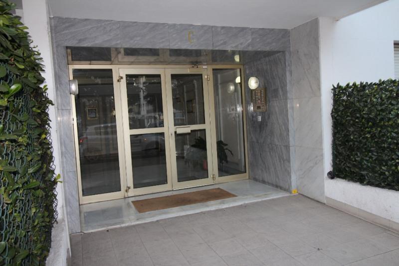 Location appartement Nice 740€ CC - Photo 1