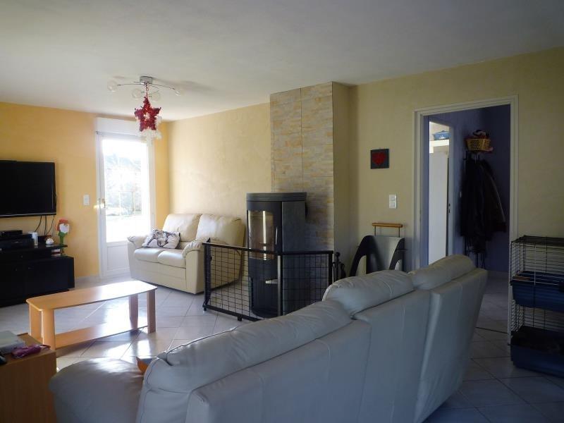 Sale house / villa Le menil 201900€ - Picture 2