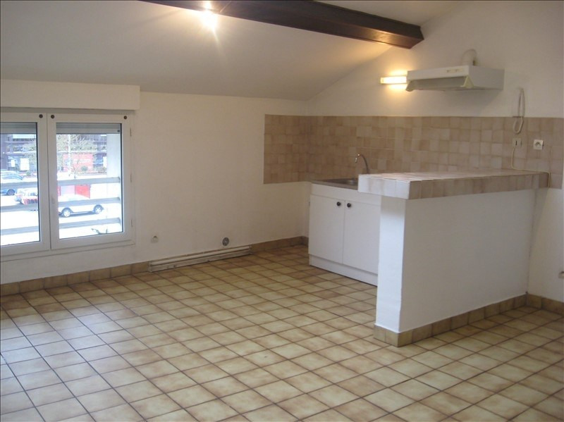 Location appartement Meximieux 590€ CC - Photo 1