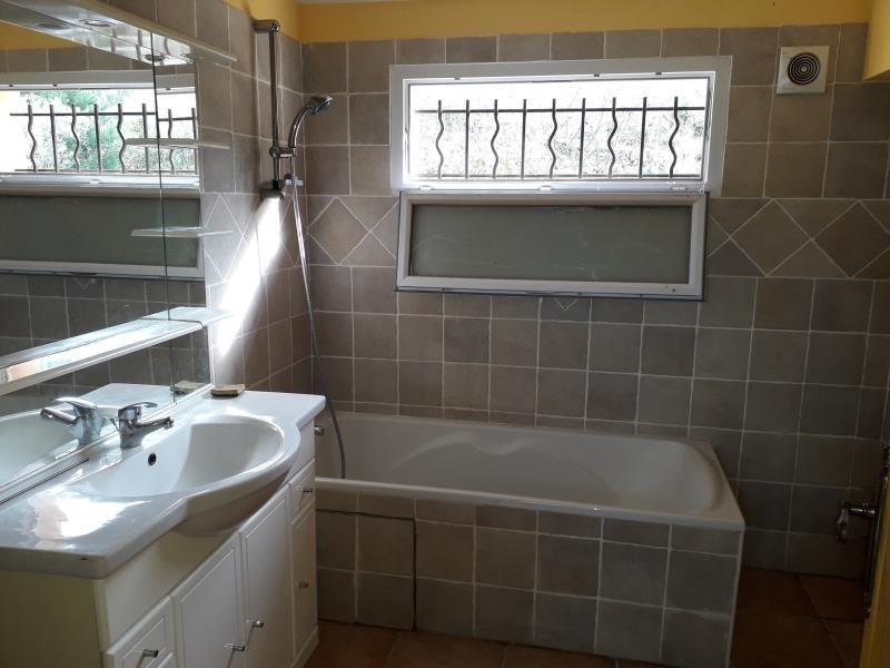 Rental loft/workshop/open plan Seillons source d'argens 726€ CC - Picture 3