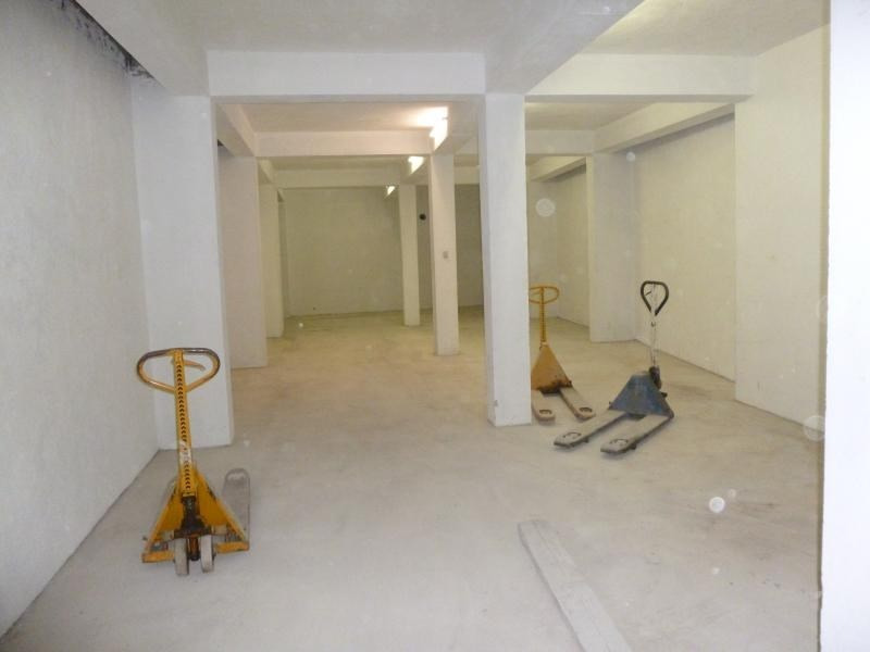 Location local commercial Nice 2250€ HT/HC - Photo 2