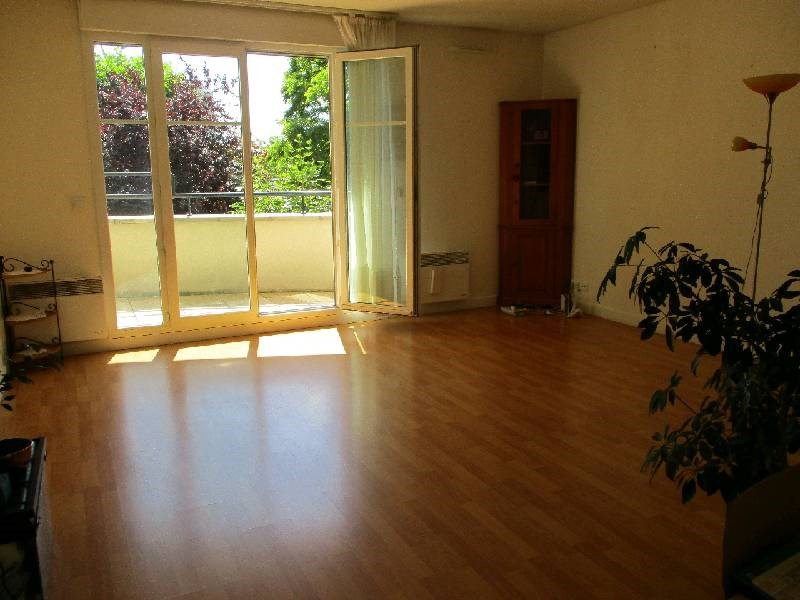 Sale apartment Boissy st leger 230 000€ - Picture 2