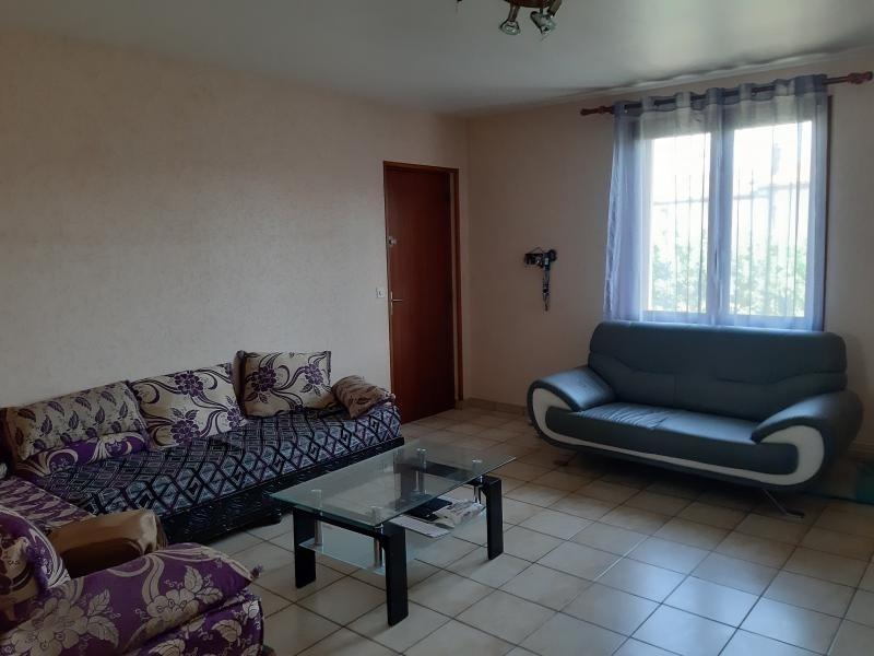 Rental apartment Labruguiere 560€ CC - Picture 2