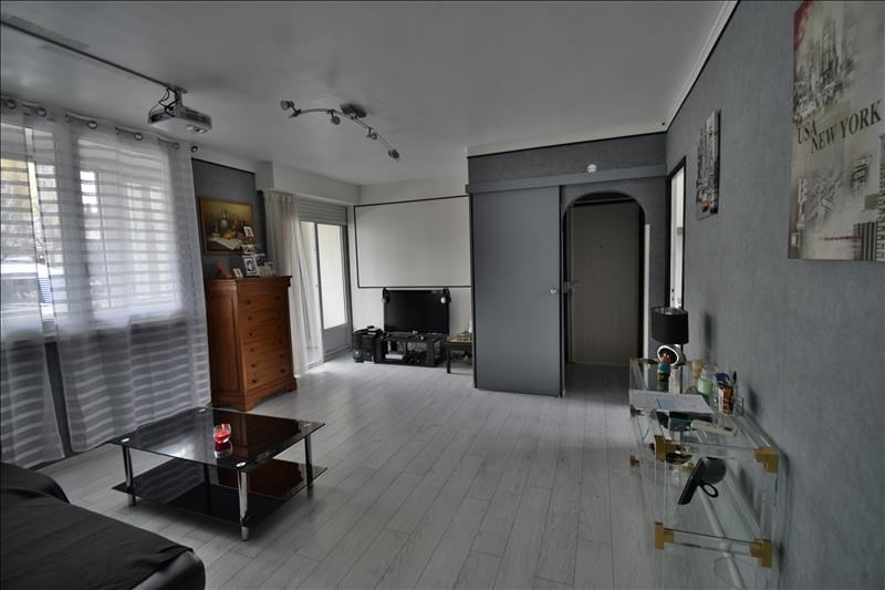 Sale apartment Mourenx 94 000€ - Picture 2