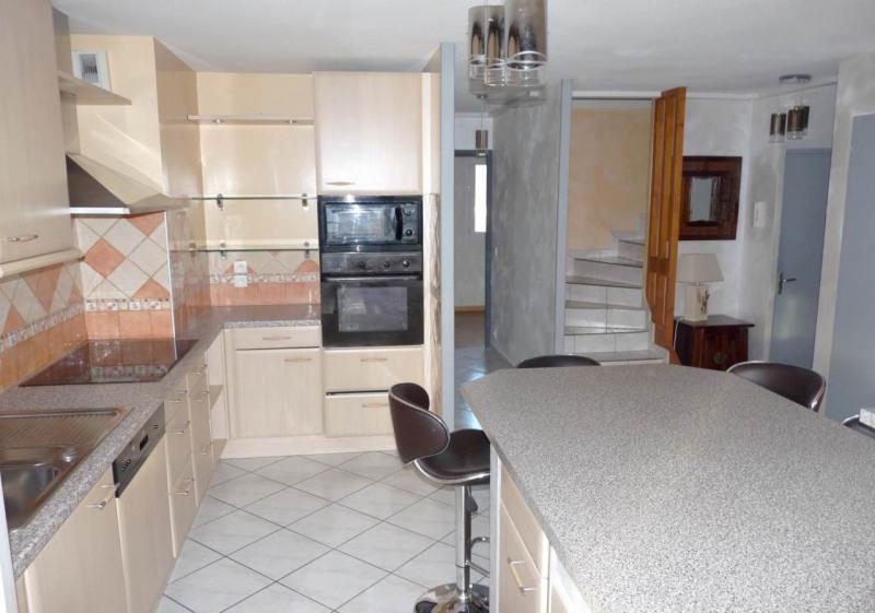 Sale apartment Saint-pierre-en-faucigny 279000€ - Picture 3