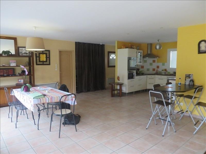 Vente maison / villa St seurin sur l isle 195000€ - Photo 2