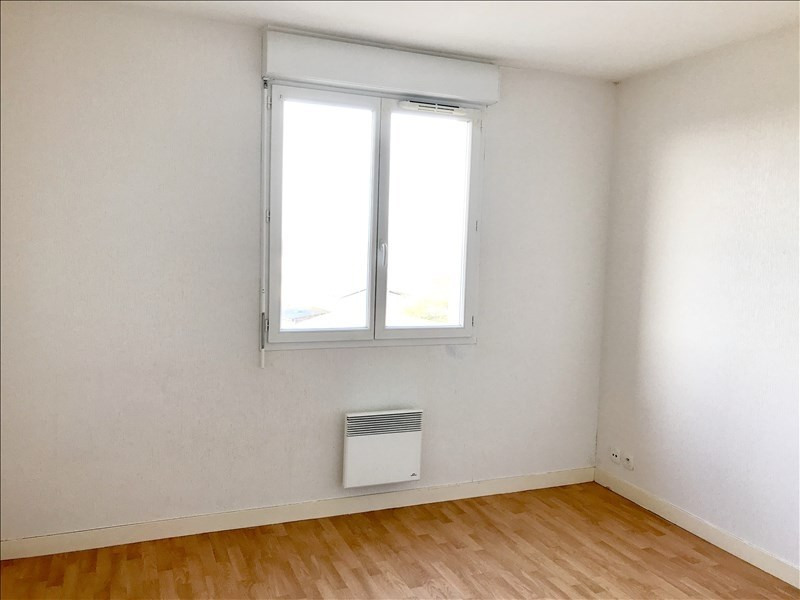 Location appartement Niort 586€ CC - Photo 3