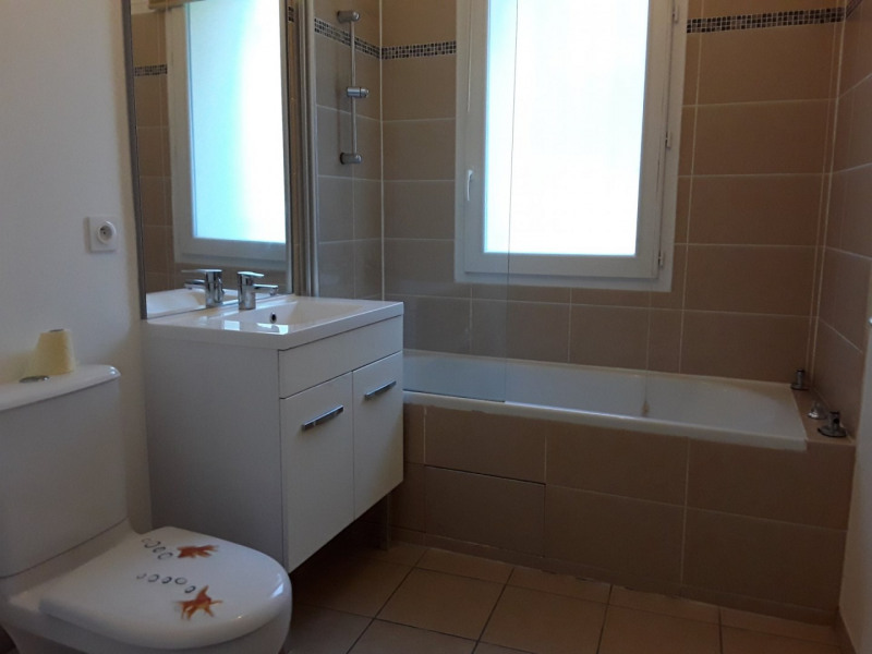 Location appartement Neyron 989€ CC - Photo 6