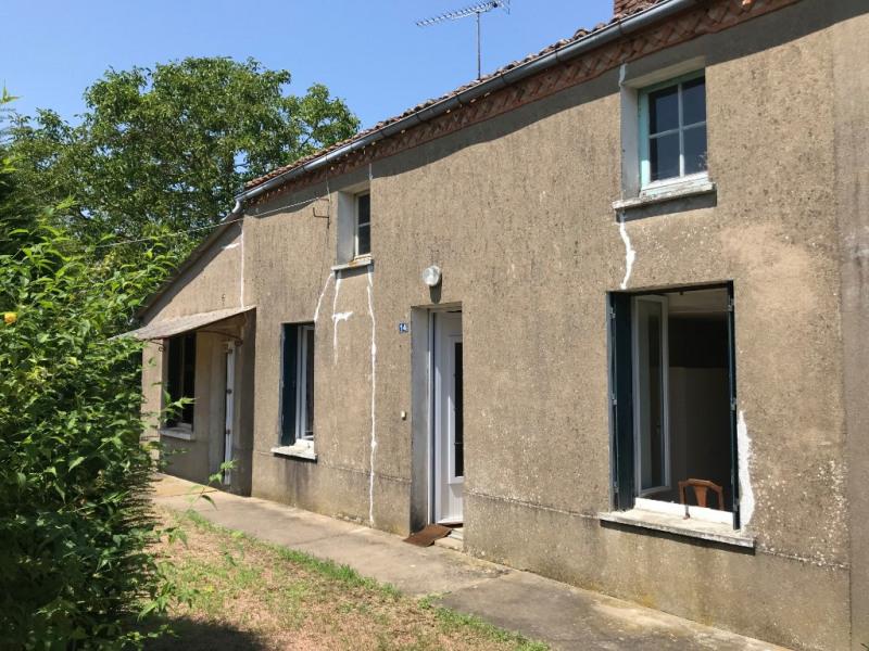 Sale house / villa La chapelle du genet 59900€ - Picture 1
