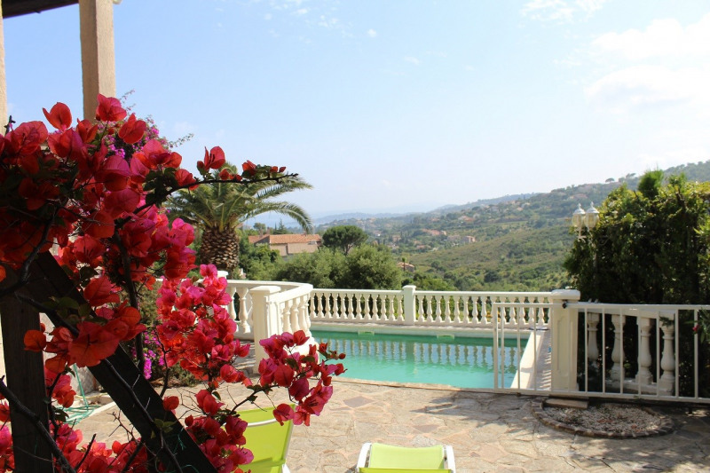 Vacation rental house / villa Les issambres 1725€ - Picture 3