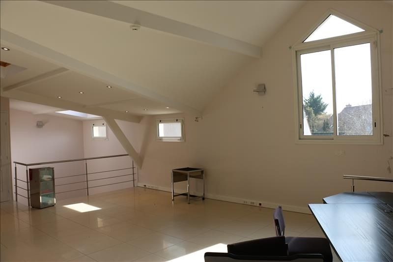 Rental office St nom la breteche 1 750€ HT/HC - Picture 8