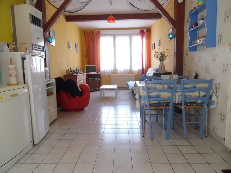 Sale apartment Le treport 104 000€ - Picture 2