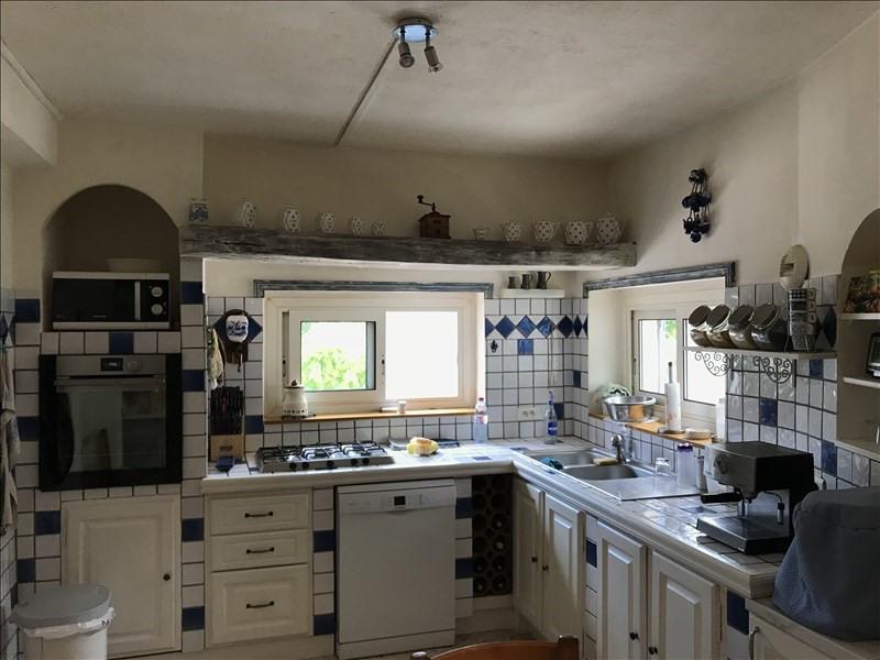 Sale house / villa Vauvenargues 512000€ - Picture 4