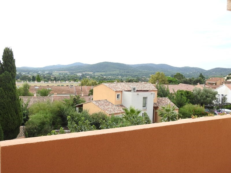 Deluxe sale apartment Bormes les mimosas 137 800€ - Picture 1