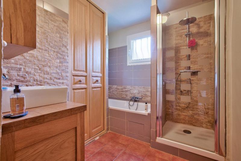 Vente de prestige maison / villa Bouc bel air 598000€ - Photo 7