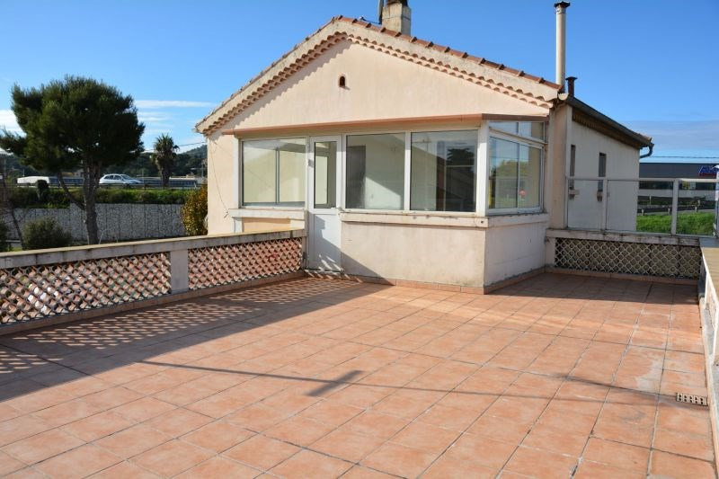 Rental apartment La seyne-sur-mer 905€ CC - Picture 2
