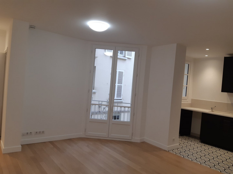 Location appartement Colombes 2 150€ CC - Photo 2