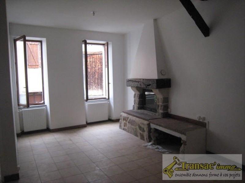 Sale house / villa Puy guillaume 65400€ - Picture 2