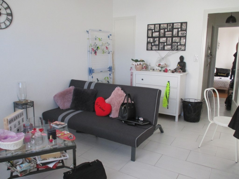 Location appartement Lucon 480€ CC - Photo 1