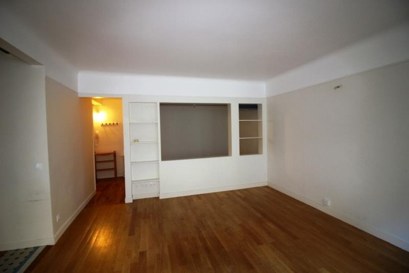 Vente appartement Paris 18ème 475 000€ - Photo 2