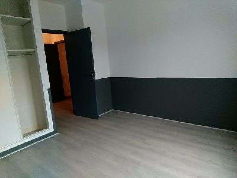 Rental apartment Sainte foy les lyon 1 022€ CC - Picture 4