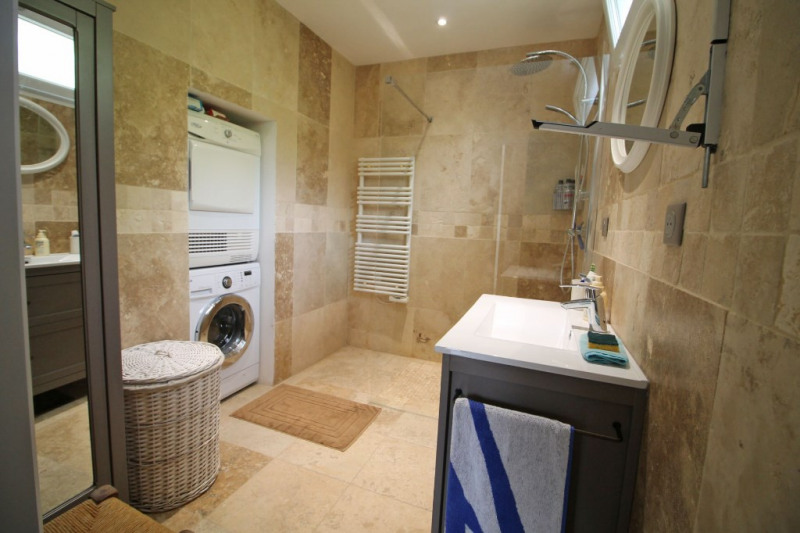 Sale house / villa La chartre sur le loir 136000€ - Picture 4