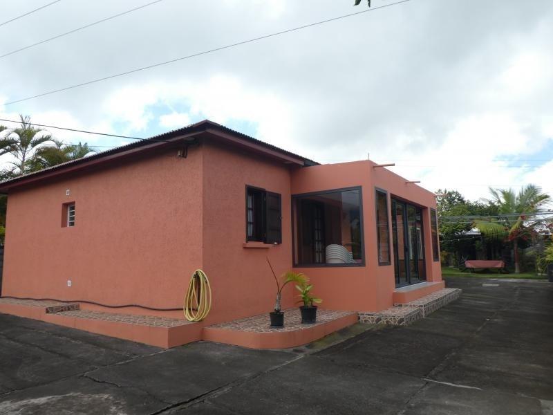 Sale house / villa Les trois mares 320000€ - Picture 1