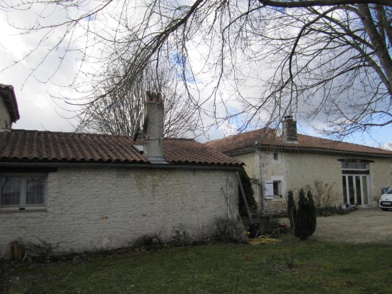 Sale house / villa Barbezieux saint-hilaire 156000€ - Picture 1