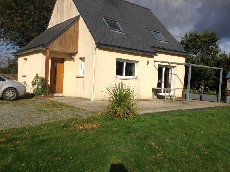 Sale house / villa Kergrist moelou 159575€ - Picture 1