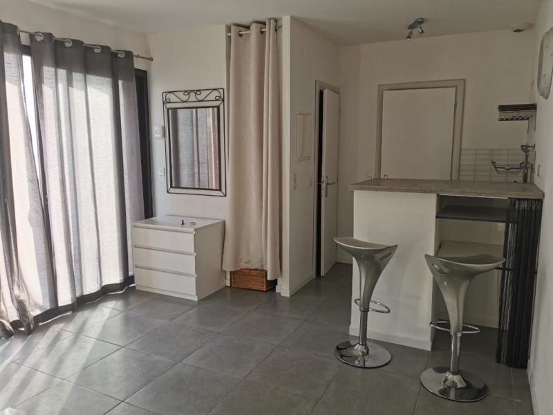 Location appartement Calas 580€ CC - Photo 3