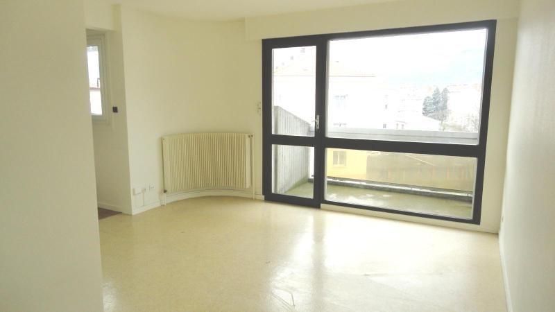 Location appartement Grenoble 446€ CC - Photo 2