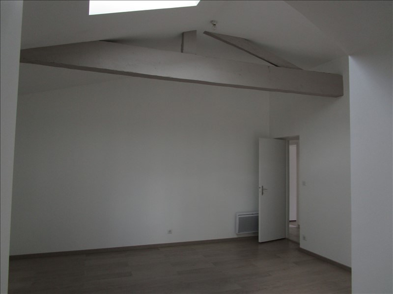 Location maison / villa Blanquefort 1 318€ CC - Photo 3